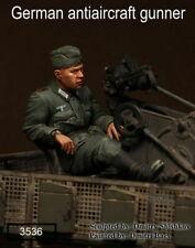 1/35 Scale resin model kit WW2 German antiaircraft gunner