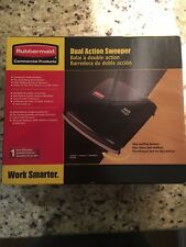 Rubbermaid Dual Action Sweeper 421388BLA