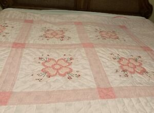 Vintage Pink w/Flowers Handmade Quilt/Coverlet Unlined VGUC