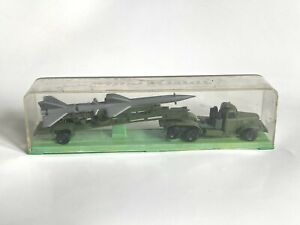 Espewe Lkw Zil Sil 157 mit Boden-Luft-Rakete  in OVP Box 1:87 DDR Modell