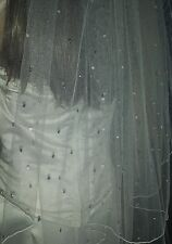 "Ivory fingertip veil with Swarovski crystals in Falling star pattern 42"" 1T"