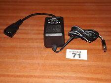 AC/DC mains adaptor adapter 1000mA 1A 9v volt power supply