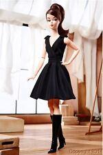 ۞ BARBIE SILKSTONE CLASSIC BLACK DRESS BRUNETTE ۞ Réf : DWF53 ۞ NRFB ۞ 2016 ۞
