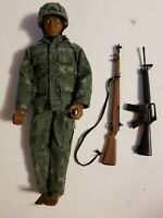 VINTAGE 1996 AFRICAN AMERICAN G.I. JOE U.S. ARMY SOLDIER FIGURE HASBRO RIFLE Gun