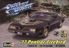 Revell Monogram Smokey and  Bandit 1977 Pontiac Firebird Trans-Am model kit 1/25
