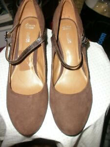 Clark's Collection Soft Cushion Bavette Cathy Brown Suede Mary Janes Heels  12 W