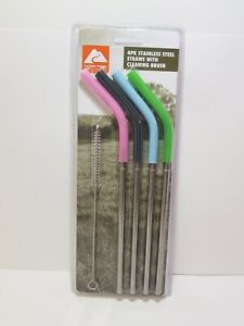OZARK TRAIL 4 PACK STAINLESS STEEL UNIVERSAL  STRAWS WITH CLEANING BRUSH