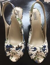 Merona Wedge Heels Fabric Upper Open Toe Shoes, Size 8