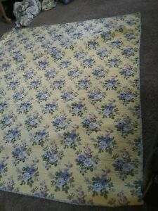 Laura Ashley F/Q Quilt, Shams  Blue & Yellow Floral/Striped Reversible