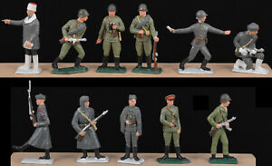 Starlux WWII Russian Infantry - 11 in 11 poses - 60mm Painted Toy Soldiers