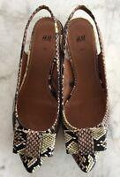 H&M Schuhe Ballerinas Gr. 40 Reptilmuster Schwarz Taupe Khaki Sehr Guter Zustand