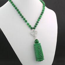 Grünes Jade-Collier mit Ornament-Anhänger Echte Jade! Wert 1250 € (5855)