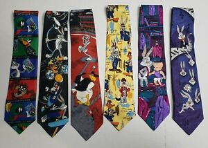 Rare 1994 Vintage LOONEY TUNES MANIA Patterned Colorful Tie