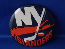 NEW YORK ISLANDERS NHL SERVICES HOCKEY TEAM LOGO PIN FAN SOUVENIR BUTTON