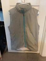 $135 Peter Millar Crown Sport Full Zip Vest Mens Size Small Zip-out Hoodie Gray
