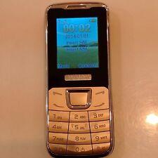 Nuevo T98+ Dual SIM Cámara Teléfono-Torch, ranura para tarjeta Micro SD Carcasa Metálica Mezcla (Negro)