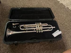 Vintage Olds Ambassador Trumpet #505270 With Hard Bach Case Getzen Mouthpiece