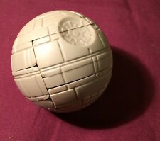 DARTH VADER'S DEATH STAR 3D 1997 STAR WARS PIZZA HUT SOLID BALL PUZZLE TOY MIP!