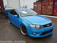 FORD FALCON FG XR6 6 SPEED MANUAL WRECKING. BLACK INTERIOR SEATS DOOR TRIM SRS