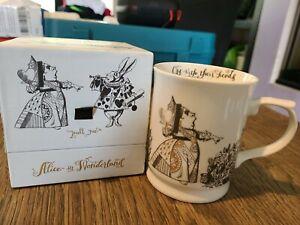 V&A Alice In Wonderland Fine China Tankard Mug In Luxury Gift Box Queen Of Heart