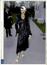 Original 2004 press photo elegant GWEN STEFANI attending DIOR show