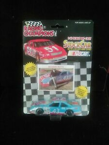 Racing Champions 7X CHAMPION RICHARD PETTY STICK CAR 1:43 Scale & Collector Card