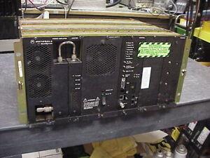 Motorola Quantar UHF 110 Watt GOLD Chassis Repeater 438-470 Mhz Range 2-V-24