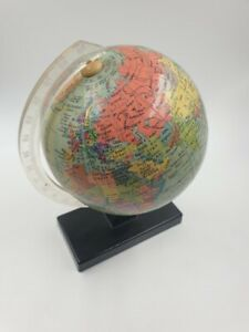 Globus aus    DDR Zeiten  , 20 cm hoch insgesamt