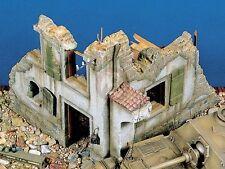 Verlinden 54mm (1/35) Italian Farm Building Section Ruin WWII 101 (MDA 35006)