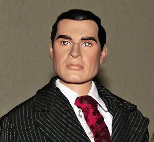 """EUC-TONNER Handsome 17"""" Dick Tracy in New Pin Stripe Business Suit-LQQK !"""
