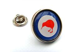 NEW ZEALAND ROYAL AIR FORCE ROUNDEL LAPEL PIN BADGE
