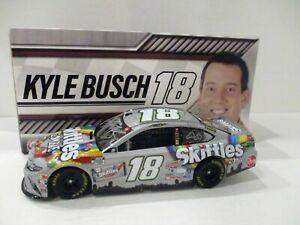 KYLE BUSCH .. signed 2020 .. SKITTLES .. ZOMBIES .. 1/24 CAR