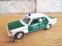 Mercedes Benz E 230 E-Klasse Daimler 12 cm Modellauto Polizei