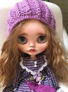 OOAK Custom Blythe by Russian artist SorokaBlythe. Adorable!