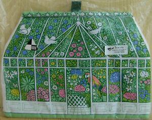 Vintage Teacosy Parrot Birds Greenhouse Flowers Cuckoobird Pat Albeck 1970s/80s