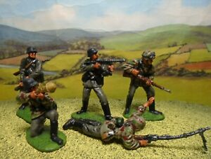 Superbly painted CTS 1/32 scale WWII German Assault Troops x5. (Set 1)