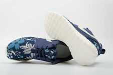 NIKE ROSHE RUN ONE TRAINERS PRINT PREMIUM UK SIZE 8 FLORAL NAVY RARE LIMITED NEW