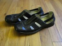 WOMEN'S BLACK LEATHER FLATS - EASY SPIRIT HEARTYS - SIZE 7 N - CLOSED TOE