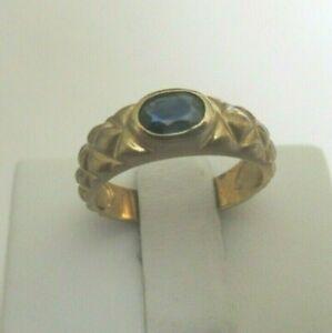 OVAL BEZEL SET SAPPHIRE RING 10K YELLOW GOLD