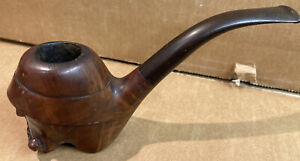 Vintage Fair Main With Sculpture Pipe