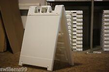 "Plastic A-Frame - 24""x24"" Squarecade  (White)"