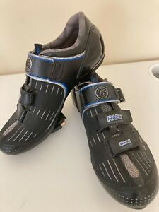 Bontrager Road Race Inform cycling shoes - Men's Size 10 US - Size 43 EUR