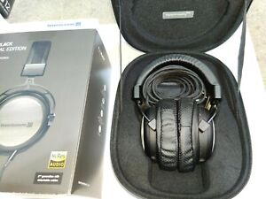 beyerdynamic T1 2nd Generation (Black Edition) High-Resolution Headphones