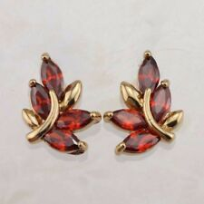 Yellow Gold Filled Stud Earrings h2947 Lucky Clover Garnet Red Gems Jewelry