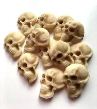 12 Decoraciones De Pastel Comestible hecho a mano de cráneo, Cupcake Toppers, Halloween Sugarcraft