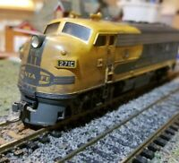 Athearn Santa fe f7 A freight weathered locomotive  train engine HO DC