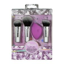 Real Techniques Sparkle on-the-go Set Brushes and sponge