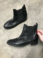 Jones Bootmaker Black Leather Chelsea Ankle Boots Round Toe Size 7 Euro 40 B33