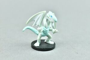 Yu-Gi-Oh - Blue Eyes White Dragon Dungeon Dice Monsters DDM Mini Figure Only