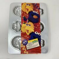 VTG Wilton Big Bird Cookie Monster mini Cake Pan Jello Mold with Instructions